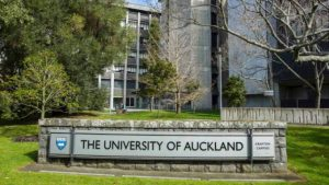 New Zealand: Senior Health Research Scholarships
